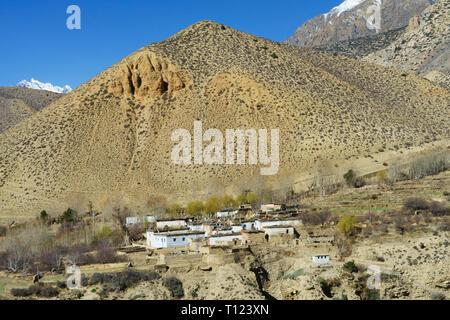 Tibetan village of Ghyakar, Upper Mustang region, Nepal. - Stock Image