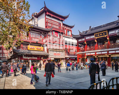 29 November 2018: Shanghai, China - Square the Old Town shopping area, a major visitor attraction. - Stock Image