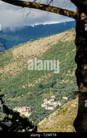 View of houses and homes on a hillside near Sorrento, Amalfi Coast, Italy - Stock Image