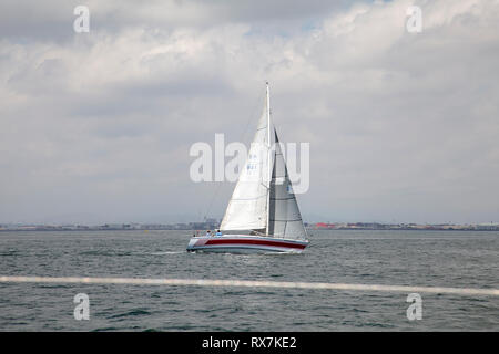 Yacht sailing in Table Bay , Cape Town - South Africa - Stock Image