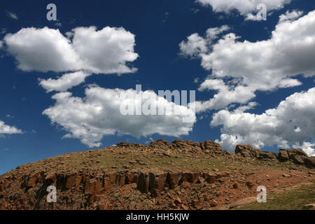 Mountain top clouds Pike peak park Colorado - Stock Image