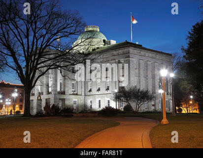 State Capitol, Raleigh, North Carolina, at night. - Stock Image