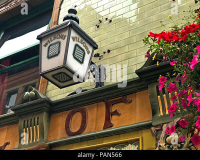 Wilsons Brewery Lamp, Peveril Of The Peak pub, Great Bridgewater Street, Manchester, North West England, UK - Stock Image
