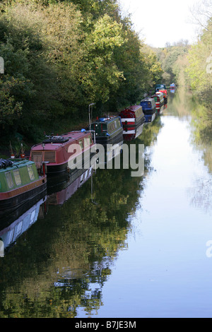 Barges on the Grand Union Canal from Cassiobury Park Bridge, Watford, Hertfordshire, UK - Stock Image