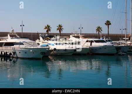 Luxury Boats in Menton Harbour, Menton, Cote D'Azure, France. - Stock Image