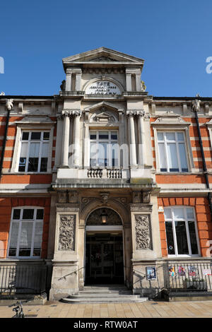Brixton Tate Central Free Public Library street view of building in Brixton, Lambeth South London UK  KATHY DEWITT - Stock Image