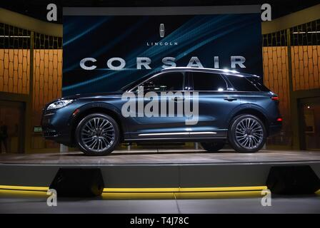 New York, NY, USA. 17th Apr, 2019. 2020 Lincoln Corsair in attendance for New York International Auto Show - WED, Jacob K. Javits Convention Center, New York, NY April 17, 2019. Credit: Kristin Callahan/Everett Collection/Alamy Live News - Stock Image
