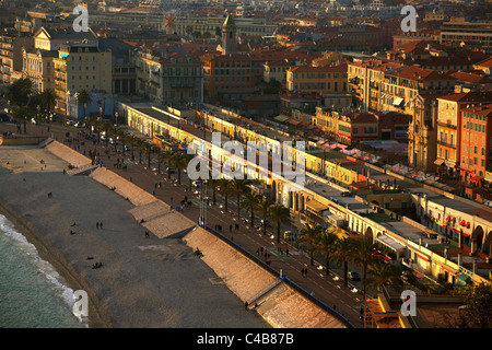France, French Riviera, Nice; The coast along Nice sorrounded with typical colourful architecture found in the French - Stock Image