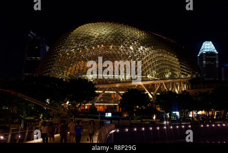 The Esplanade Theatre, the Singapore Opera house with durian or insectoid roof, Marina Bay, Singapore, Asia - Stock Image