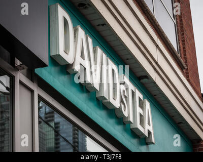TORONTO, CANADA - NOVEMBER 13, 2018: DavidsTea logo in front of their shop in Toronto, Ontario. Davids Tea is a Canadian chain specialised in selling  - Stock Image