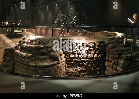 Internal view of the Roman Temple of Mithras, London Mithraeum, Walbrook, City of London, under the Bloomberg European Headquarters building. - Stock Image