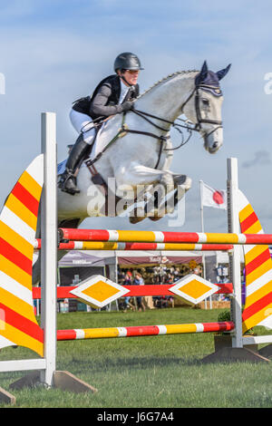 Rockingham Castle, Corby, UK. 21st May, 2017. The New Zealand rider Caroline Powell and her horse Up Up And Away - Stock Image