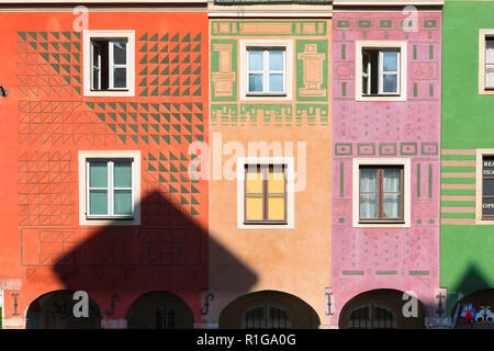 Poland color, view of the colorful facades of the medieval Fish Sellers' Houses in Market Square, Poznan Old Town, Poland. - Stock Image