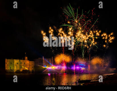 Leeds Castle, Kent, England, UK. 3rd November 2018.  The biggest firework display in the south East of England, Leeds Castle puts on a spectacular show.  Credit: Tony Watson/Alamy Live News - Stock Image