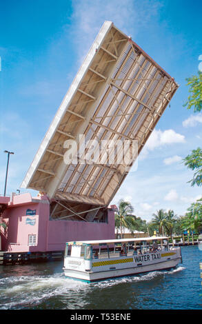 Fort Lauderdale Florida Ft. Andrews Avenue Drawbridge in up position water taxi New River - Stock Image
