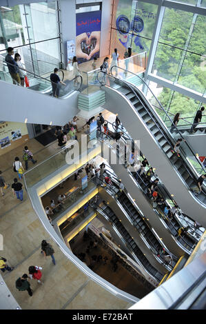 Escalators in The Peak, one of Hong Kong's most popular tourist spots, Hong Kong, China - Stock Image