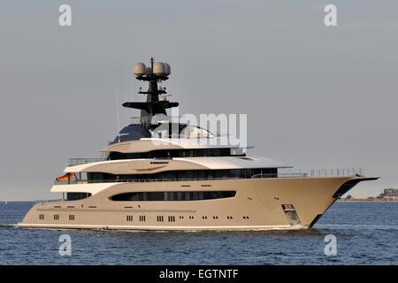 superyacht Kismet on seatrial - Stock Image