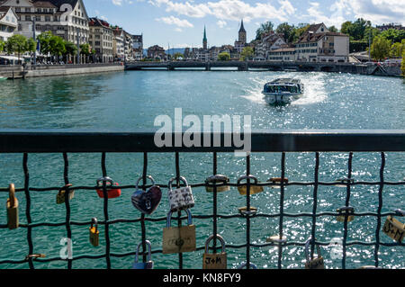 love lockers, river Limmat, Zurich, Switzerland - Stock Image