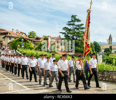 Corpus Christi cerimonial procession in Kurtatsch an der Weinstraße, Adige Valley, South Tyrol, northern Italy. Corpus Christi day - Stock Image