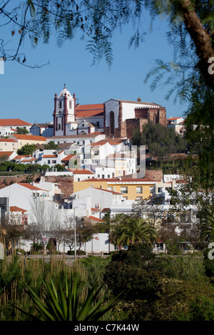 Portugal, Algarve, Silves, View of Cathedral & Town - Stock Image