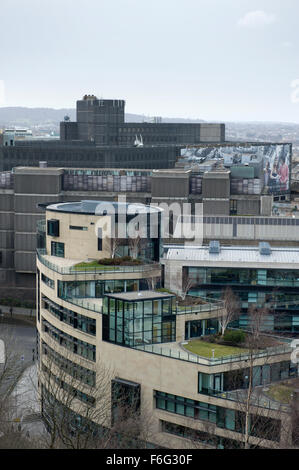 A ship like new build office block in the St James Centre region of Edinburgh - Stock Image