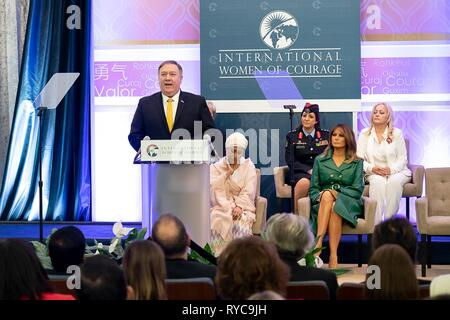 U.S Secretary of State Mike Pompeo delivers remarks at the 2019 International Women of Courage awards ceremony at the State Department March 7, 2019 in Washington, DC. - Stock Image