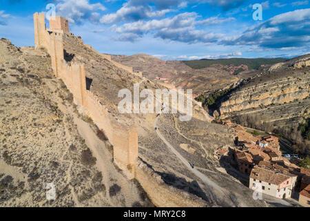 Medieval walls of Albarracin town. Albarracin, Teruel, Aragon, Spain, Europe - Stock Image