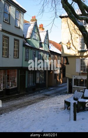 Elm Hill with snow Norwich Norfolk East Anglia - Stock Image