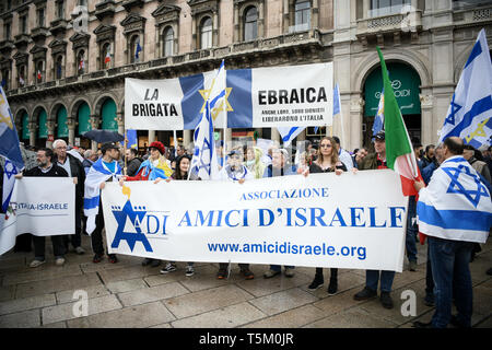 The Jewish Brigade during Italy's Liberation Day celebrations in Milan, Italy  on 25th April 2019. The Festa della liberazione, also known as Anniversary of the Liberation is a national Italian holiday celebrating the end of the Nazi occupation during World War II and the victory of the Resistance. - Stock Image