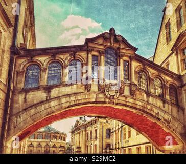 """The famous """"Bridge Of Sighs"""" in Oxford (University), England. Real name is Hertford Bridge, which links the Old & New Quadrangles Of Hertford College. Grade 2 Listed. Photo Credit - © COLIN HOSKINS. - Stock Image"""