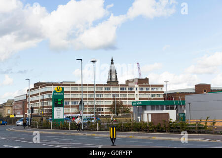 Elizabeth House, a large five-storey 1960s office building in Bolton, used by the UK Department of Work and Pensions. - Stock Image