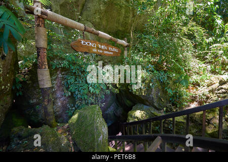 Entrance sign at Dong Thien Duong cave, also known as Paradise Cave, in Phong Nha National Park, North-Central Vietnam. The area has been designated a - Stock Image