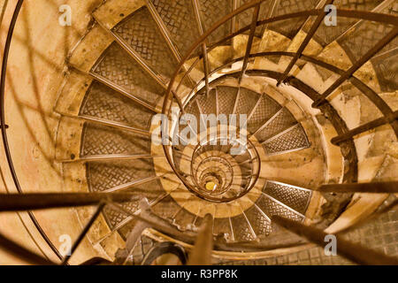 Round stairs leading to the roof of Arc de Triomphe, Paris, France - Stock Image