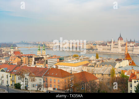 Aerial view of the Hungarian Parliament Building, River Danube and cityscape at Budapest, Hungary - Stock Image