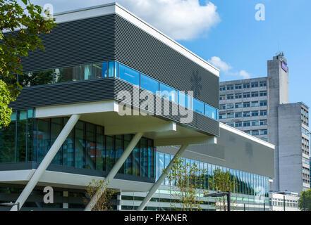 The University of Manchester Graphene Engineering Innovation Centre (GEIC) building (Rafael Viñoly 2018), Sackville Street, Manchester, England, UK - Stock Image