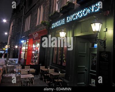 Maggie Dicksons pub Grassmarket at night, Edinburgh, Scotland, UK - Half Hangit' Maggie - Stock Image