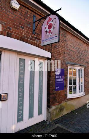 The Allen Gallery, a venue housing a wide ranging collection of c3000 ceramic exhibits dating from 1250 to the present day, Alton, Hampshire, UK. - Stock Image