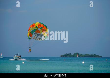Jamaica Negril beach Parasailing boat - Stock Image