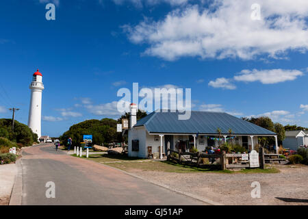 The Willows Tea House by Split Point Lighthouse along the Great Ocean Road. - Stock Image