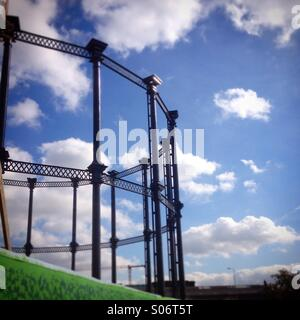 Gas cylinder tower near the Grand Union Canal, Kings Cross, London - Stock Image