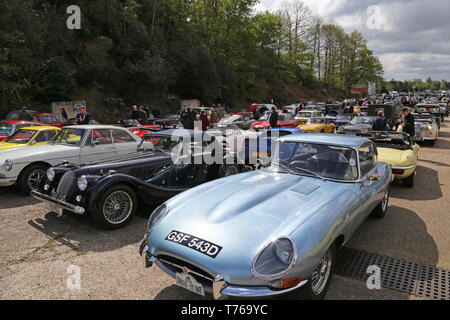 Morgan 4/4 and Jaguar E-Type S1 Coupe, British Marques Day, 28 April 2019, Brooklands Museum, Weybridge, Surrey, England, Great Britain, UK, Europe - Stock Image