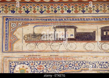 Historical painted fresco of colonial train. Mandawa, Shekawati region, Rajasthan India - Stock Image