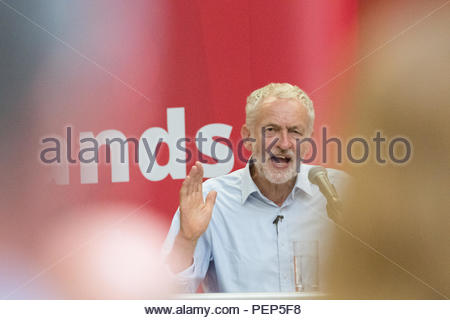 West Nottinghamshire College, Nottinghamshire, England, UK. 16th August 2018. Jeremy Corbyn Leader of the Labour Party speaking at a People Powered Mass Meeting in Mansfield, Nottinghamshire, this Parliamentary seat that was won by the Tory in the 2017 general election and could be a key battleground in the next election. Alan Beastall/Alamy Live News - Stock Image