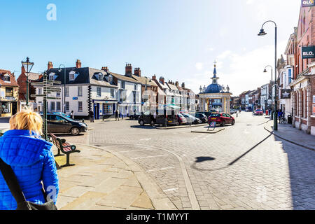 Beverley Town centre, Beverley Town Yorkshire UK England, Beverley Town centre UK, Beverley Town centre Yorkshire, Beverley, town, Yorkshire, towns UK - Stock Image