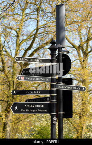Direction sign in St James Park, London - Stock Image