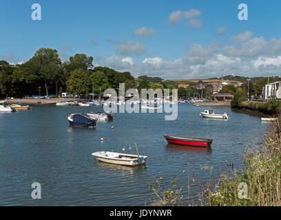The Attractive Kingsbridge Estuary, with The Town of Kingsbridge beyond, South Hams, Devon, England, UK - Stock Image