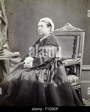 Queen Victoria portrait photograph by André-Adolphe-Eugène Disdéri, 1866 - Stock Image