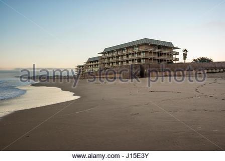 Monterey Tides Hotel on Del Monte Beach in Monterey, California - Stock Image