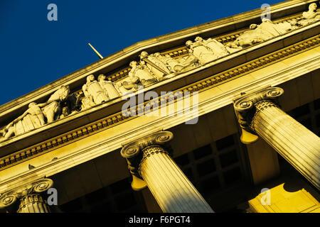 Nottingham Town Hall. - Stock Image