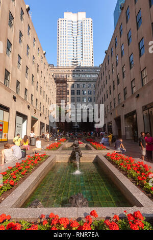 The Channel Gardens,  Rockefeller Center, New York City, USA - Stock Image